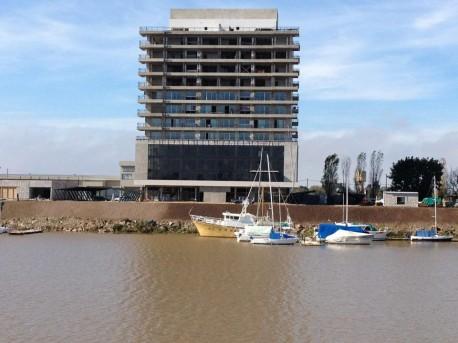 Terminamos los trabajos de reconstitución de la barranca de Puerto Amarras.
